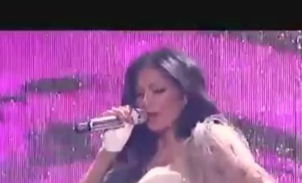 "Nicole Scherzinger Likes It ""Right There"" on American Idol"