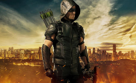 Arrow Season 4: See the New Superhero Suit!
