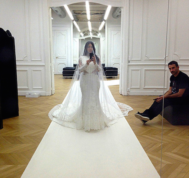 Kim Kardashian Wedding Dress Selfie