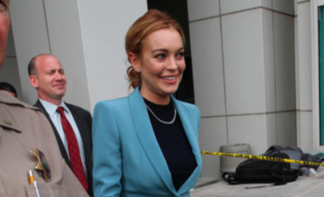 Lindsay Lohan: Hillary and Bill Clinton Can Help with ... Something