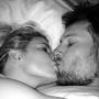 Jessica Simpson and Eric Johnson: Goodnight Kiss