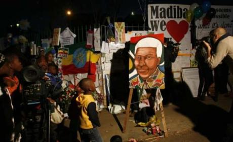 Nelson Mandela on Life Support, Family Members Say