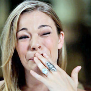 LeAnn Rimes Cries