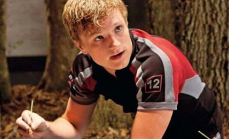 The Hunger Games Photos: Training and Praying