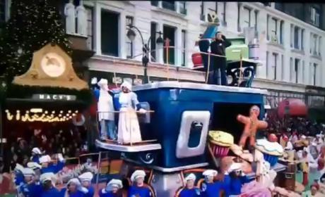 Scotty McCreery Thanksgiving Parade Flub