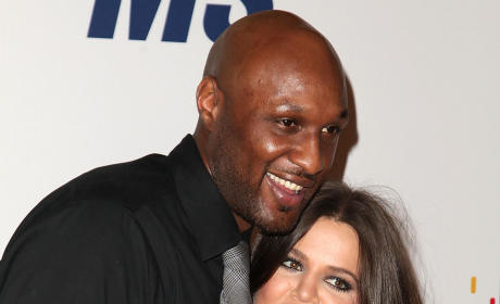 Khloe Kardashian Rushes to Side of Lamar Odom
