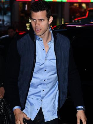 Kris Humphries is Hot