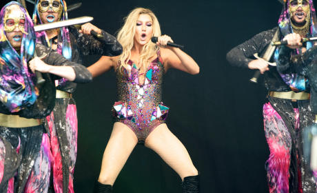 Ke$ha in Scotland