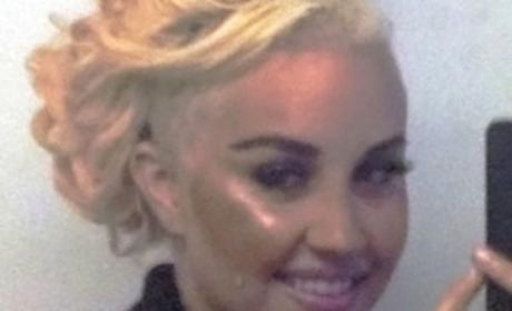 Amanda Bynes Gets Nose Job, Will Tweet Surgery Video (Phew)
