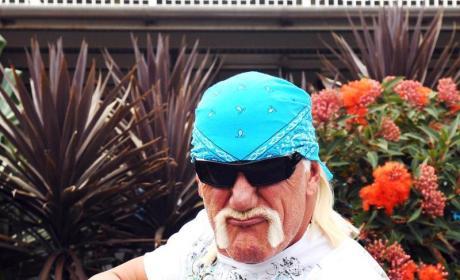 "Hulk Hogan Thinks Jennifer McDaniel ""Walks in the Spirit of Christ"""