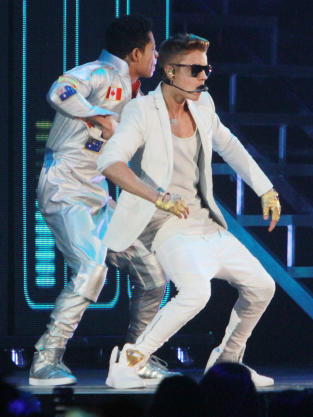 Dancing Bieber