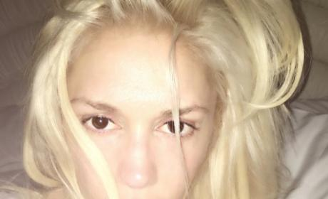 Gwen Stefani makeup free