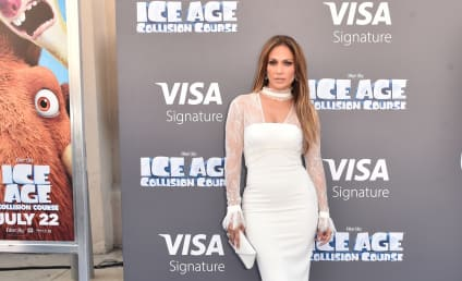 Jennifer Lopez: Pregnant With Third Child, Still Smokin' Hot