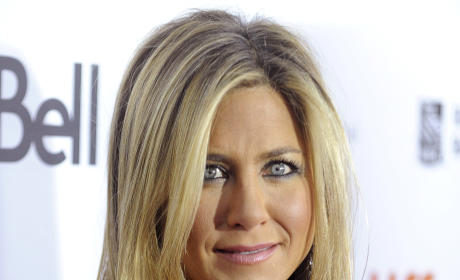 Jennifer Aniston: I'm Still Cool With Brad Pitt!