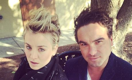 Kaley Cuoco and Johnny Galecki Photo