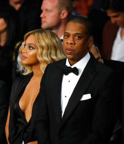 Beyonce and Jay Z dressed up