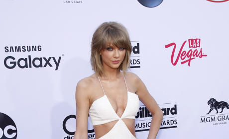 Taylor Swift at 2015 Billboard Music Awards