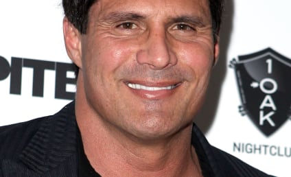 Jose Canseco Taunts Rape Accuser on Twitter