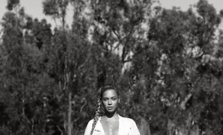 Beyonce Topless Photo