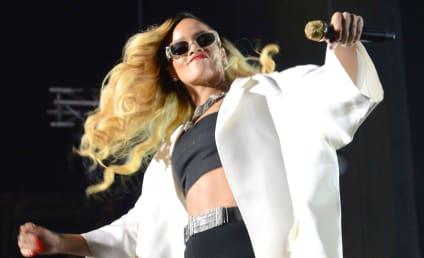 Rihanna and Drake: Making it RAIN at Strip Club!