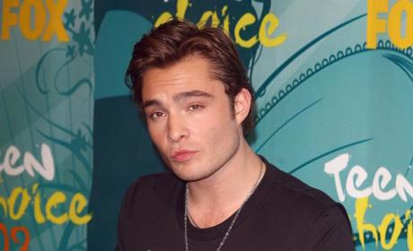 Who looked hotter, Ed Westwick or Chace Crawford?