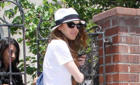 Lindsay Lohan Cocaine Pic Sparks Controversy