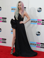 Ke$ha on American Music Awards