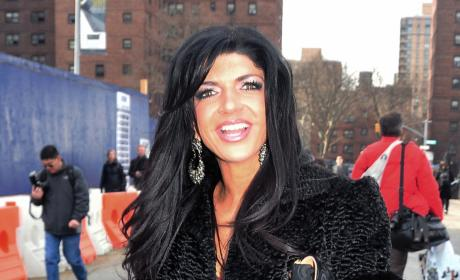 Teresa Giudice, Castmates Throw Down in Dominican Republic