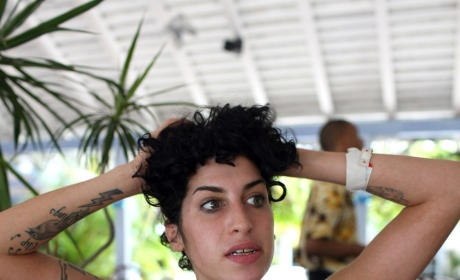 Amy Winehouse May Move to St. Lucia