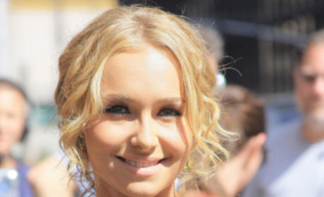 Hayden Panettiere Misspells Tattoo, is a Moron