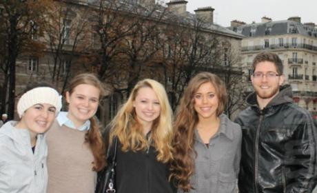 Jessa Duggar and Ben Seewald Honeymoon in Paris Photo: Hanging Out With Fans in France!