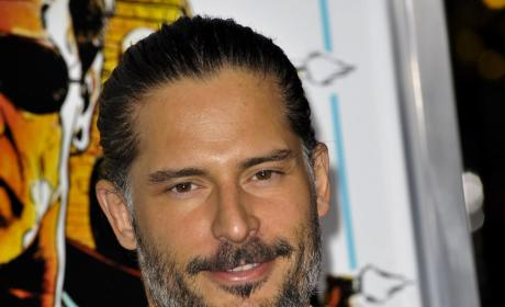 Joe Manganiello Girlfriend: Bridget Peters!
