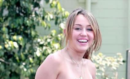 Miley Cyrus Plans Online Auction, Benefit