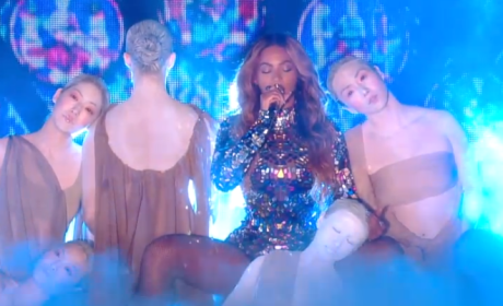 Beyonce VMA Performance 2014