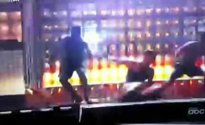 That's Gotta Hurt: J. Lo Falls on Stage