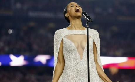 Ciara Sings National Anthem, Exposes Her Cleavage