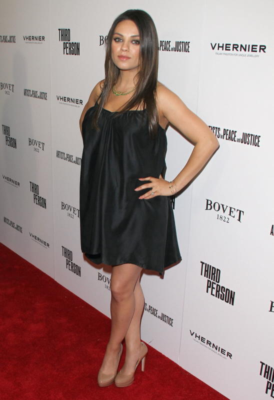 Mila Kunis Baby Bump