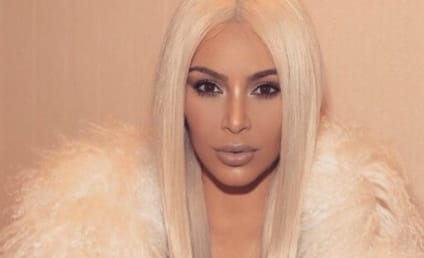 Kim Kardashian Posts TOTALLY NAKED Post-Baby Selfie