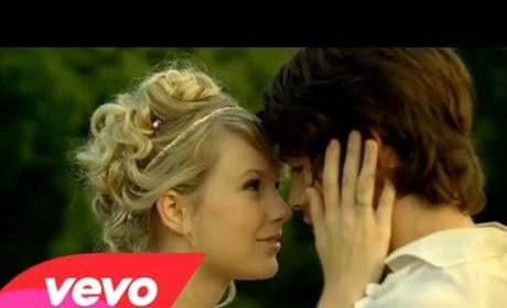 "Taylor Swift - ""Love Story"""