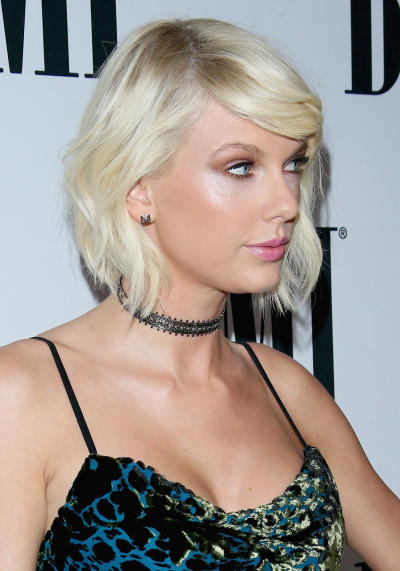 Taylor Swift Glares