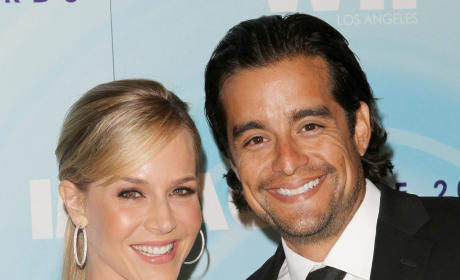 Julie Benz and Rich Orosco: Married!