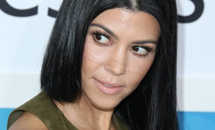 Kourtney Kardashian: WASTED at the AMAs?!