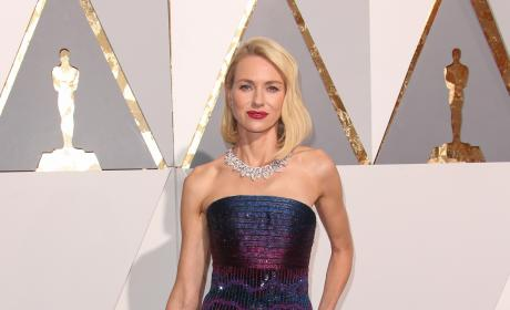 Naomi Watts: 2016 Academy Awards