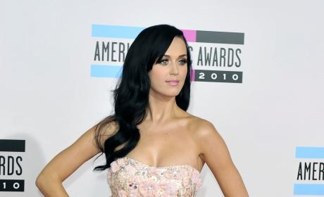 AMA Fashion Face-Off: Katy Perry vs. Rihanna