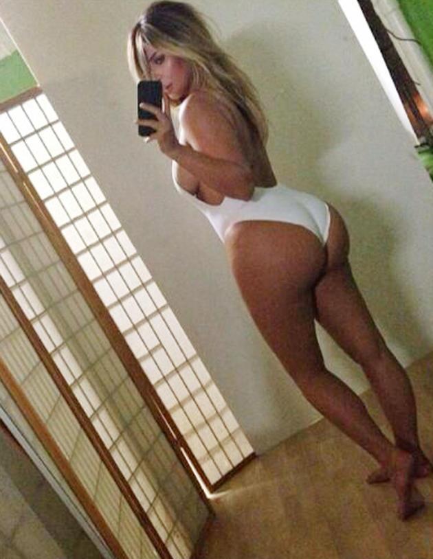 Kim Kardashian Belfie