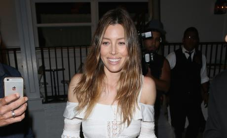 Jessica Biel Leaves Au Fudge Opening