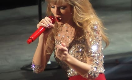 Happy 23rd Birthday, Taylor Swift!