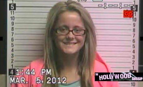 Jenelle Evans: Arrested For Cyber-Stalking!