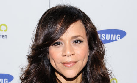 Rosie Perez and Nicolle Wallace: Cast on The View!
