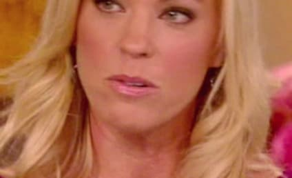 "Jon and Kate Plus 8 Scripts Revealed! Kate Gosselin Caught Lying About ""Reality"" Show!"